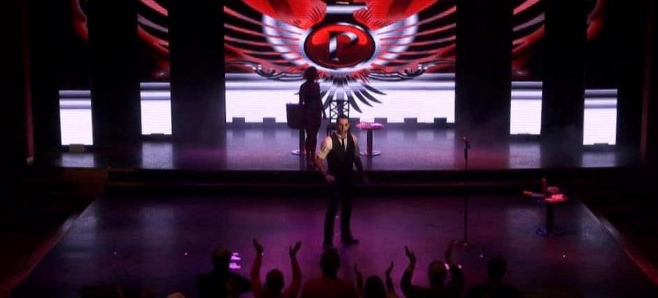 Phoenix receives another standing ovation for his cabaret stage shows