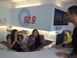 94.5 FM's reception girls experiencing their minds being read